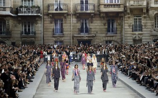 chanel-ready-to-wear-ss-2015-exclama-10